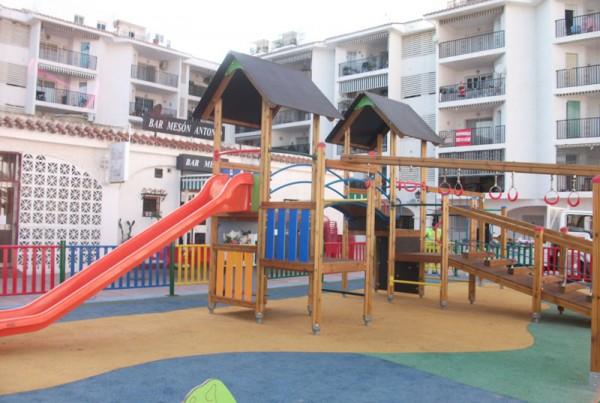 Ejecución de Parque Infantil en Los Porches. Benálamdena