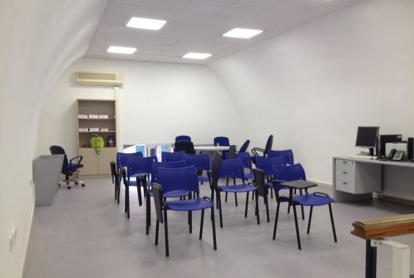 Rehabilitación en dependencias de la Policía Local de Málaga.