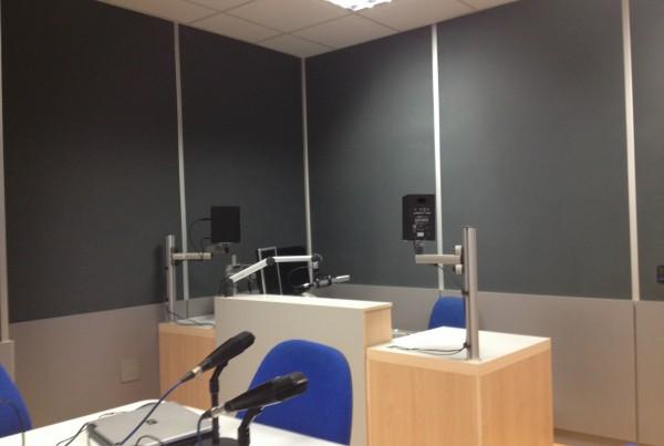 Remodelación de los estudios de Emisión en directo de la Cadena 100 en Málaga.