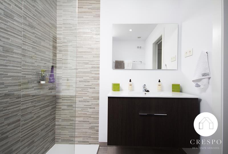 Baño reforma integral apartamento Santa Clara