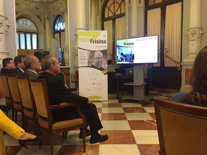 Presentación Málaga canta con Frisina